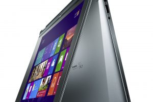 Best 2 in 1 laptop under 700
